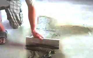 Как положить линолеум на неровный деревянный пол?