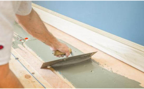 Как положить ковролин на деревянный пол?