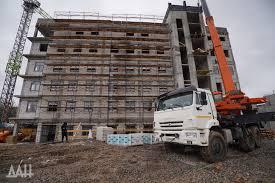 Как штукатурить полукруглые стены?