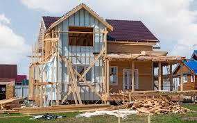 Как утеплить фасад деревянного дома своими руками?
