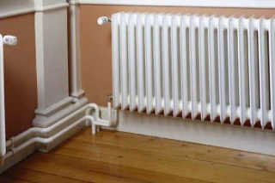 Как утеплить стену в угловой квартире изнутри?