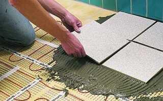 Как положить плитку на неровный пол?